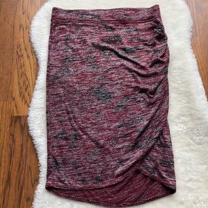 Aritzia Wilfred Free Tyra Skirt heather red M